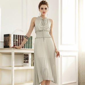 Silver long wide wrinkles decoration bottom dress